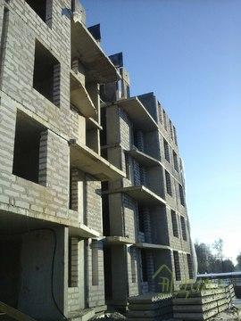 2х уровневая, 4х к. квартира, свободной план площадью 110, 39 м. кв. - Фото 1