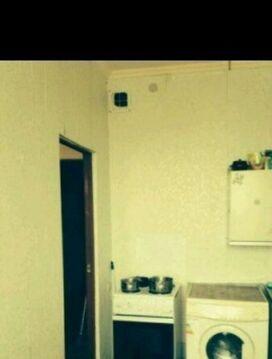 Продаю однокомнатная квартира Московская область Щелковский район п.Свердловский ул.Михаила Марченко д.2. Квартира в собственности менее 3 лет, один взрослый собственник, свободная продажа. В квартире муниципальный ремонт, остается на кухне мебель.34/16/кухня 8, застекленная лоджия, 12 этаж, дом монолит кирпич. Дом находится в современном и благоустроенном микрорайоне.В поселке есть школы, детсады, поликлиника, почта, Сбербанк, сетевые продуктовые магазины, Атак.Доехать до поселка можно с Ярославского вокзала до станции Чкаловская или автобусом от метро Щелковская.