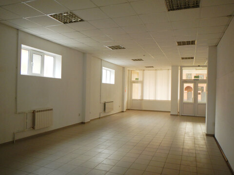 Торгово-офисное здание с арендаторами - Фото 2
