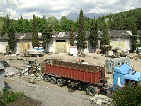Продаётся промышленно складская база в г.Алушта - Фото 1