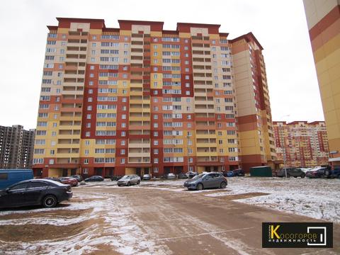Купи просторную 2 комнатную квартиру С качественный ремонтом - Фото 1