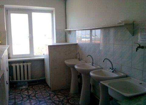 Комната в общежитии на ул.Кирова 66 - Фото 1