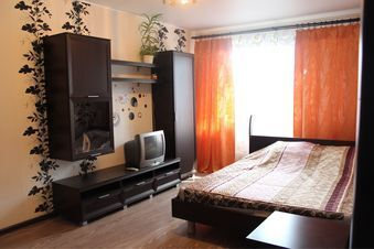 Аренда квартиры посуточно, Челябинск, Ул. Доватора - Фото 1