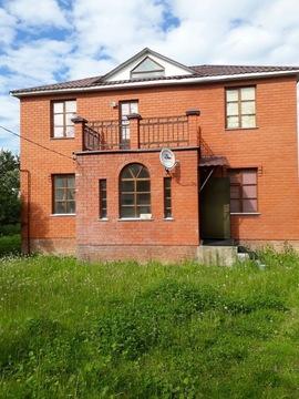 Продается дом в поселке Полотняный Завод - Фото 1