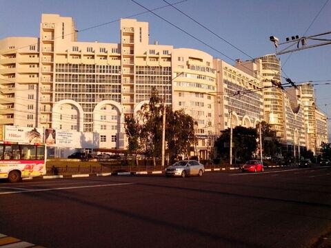 3 комнатная современная квартира, Ленинский проспект, д. 96а. - Фото 1