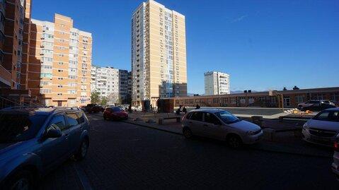 Купить трехкомнатную квартиру в кирпично-монолитном доме, Выбор -С. - Фото 1