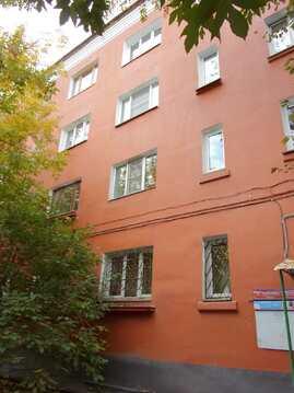 Продаётся 1-комнатная квартира в центре Иркутска с видом на храм - Фото 2
