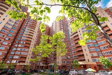 Продается трехкомнатная квартира 104 кв.м - Фото 1