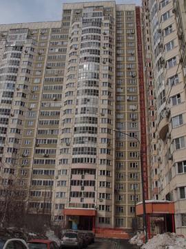 Продается 2-х комнатная квартира г. Химки, Молодежный пр, д.6 - Фото 1