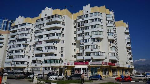 Однокомнатная квартира с ремонтом, автономное отопление, в Южном районе. - Фото 1