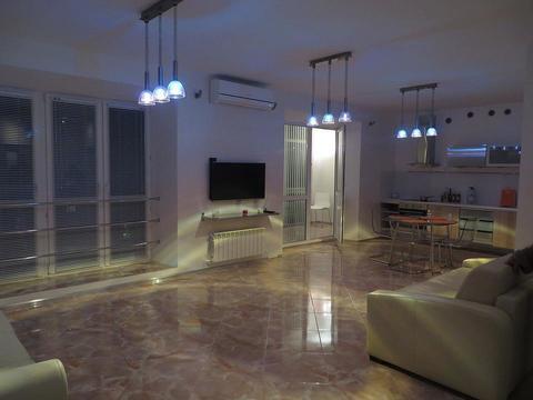 Адоратского 3г квартира в новом доме с дизайнерским ремонтом - Фото 2