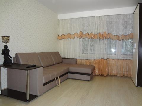 Сдается 2-х комнатная квартира, после ремонта, ул.Кленовый б-р д.7. - Фото 1