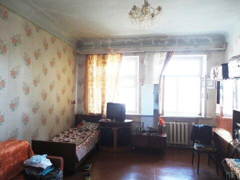 Уникальная двухкомнатная квартира в сталинке в Курске, ул.Дзержинского - Фото 3