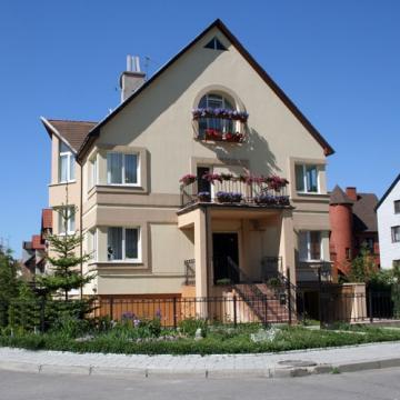 Продажа 4-х-квартирного дома в Калининграде - Фото 1