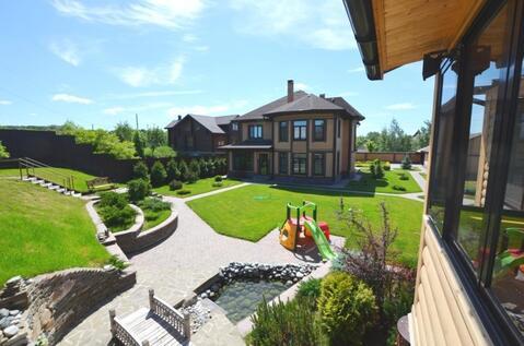 Новый меблированный дом 380 кв.м, к нему баня и гараж на 2 а/м с . - Фото 1