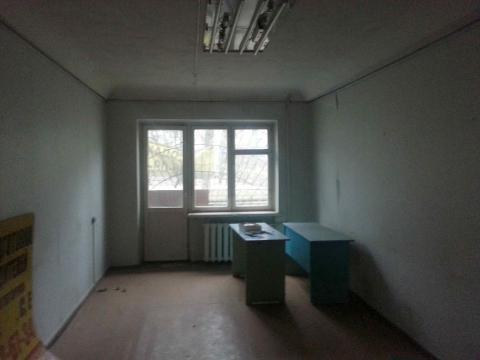 Нежилое помещение под магазин, офис, салон и т.п. на Коммунистическом - Фото 3