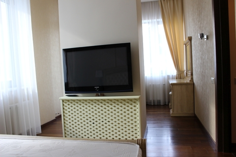 4-комнатная квартира, Алушта, набережная, парк - Фото 5