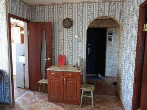 Сдаётся трёхкомнатная квартира на длительный срок - Фото 1
