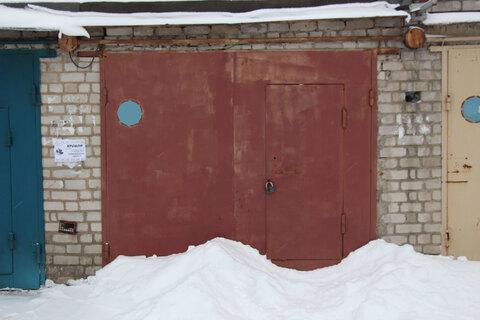 Продам гараж. Железнодорожный район, остановка Суворова - Фото 1