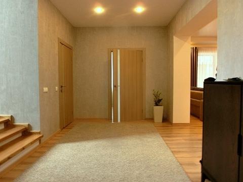 Меблированный коттедж 280 м2 во Всеволожске - Фото 5