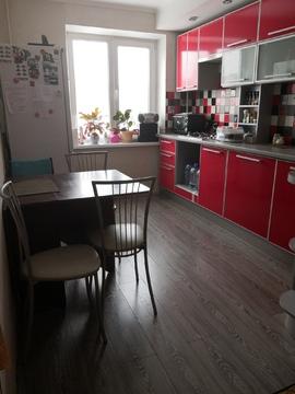 Продам двухкомнатную квартиру улучшенной планировки - Фото 1