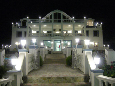 Элитный Отель на набережной Геленджика, 40 соток, 48 номеров, кафе - Фото 4