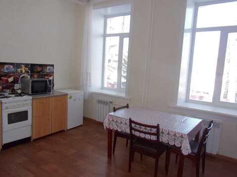 Продаётся 3-комнатная 70м2 с ремонтом в доме с высокими потолками - Фото 1