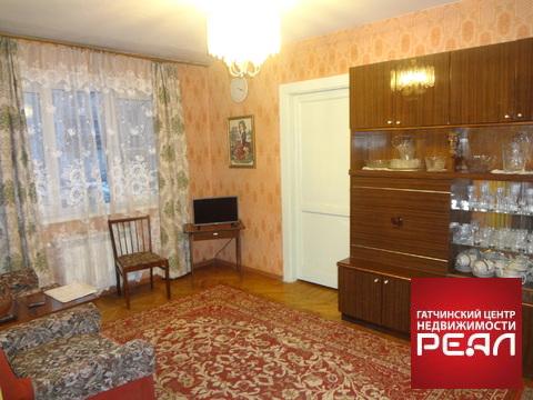 Продам 2 комнатную квартиру в Гатчине - Фото 1