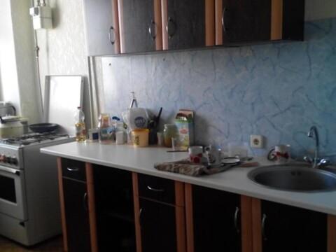 Сдам комнату в трехкомнатной квартире в мкр.Давыдовский - Фото 1