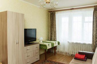 Аренда квартиры посуточно, Калуга, Ул. Труда - Фото 1