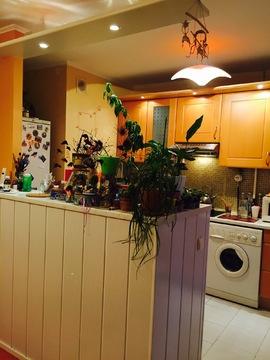 Продается светлая 3-х к кв 70 кв м в 5 минутах ходьбы от м Приморская - Фото 2