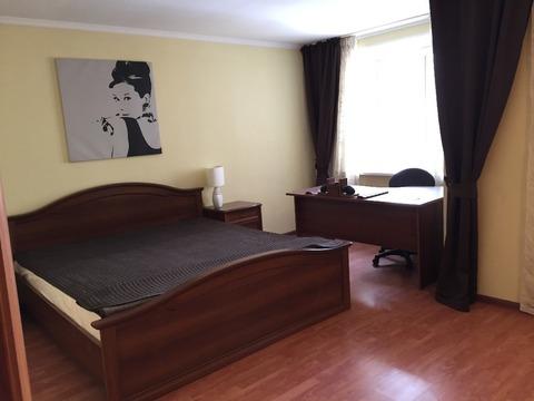 Квартира, ул. Маршала Жукова, д.10 - Фото 1