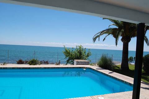 Продажа недвижимости на побережье испании