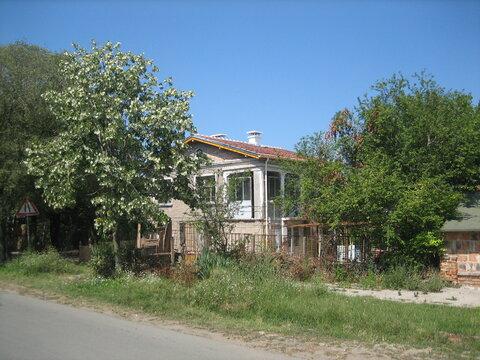 Срочно продам дом 150 кв.м. в Болгарии у моря, Продажа домов и коттеджей Росен, Болгария, ID объекта - 502479319 - Фото 1