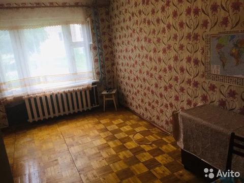 Комната 40 м в 2-к, 1/9 эт. - Фото 2