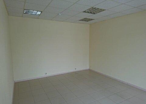 Нежилое помещение, с тремя отдельными входами, 1 этаж, 68 кв.м - Фото 4