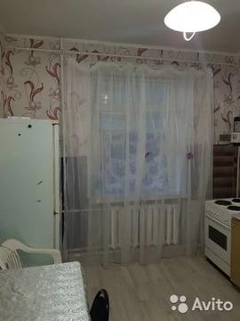 Комната 80 м в 3-к, 1/2 эт. - Фото 2