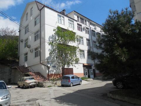 Продажа 2ккв с ремонтом в новом доме, в спальном районе Ялты - Фото 1