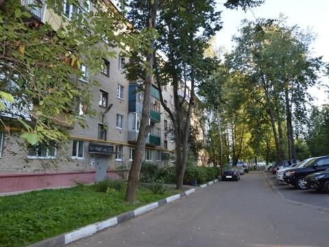 Продажа 4 к.кв. п. Андреевка, дом 15 - Фото 1