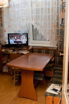 Продается двухкомнатная квартира на третьем зтаже девятиэтажного дома - Фото 2