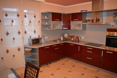 Предлагаю снять 3 комнатную элитную квартиру в центре Новороссийска. - Фото 2