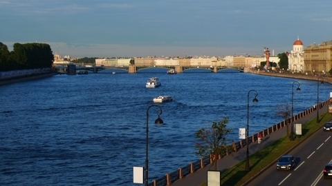 Сдается 5-ти комн. кв. в Исторической части Спб, В.О. Наб.Макарова,22 - Фото 2