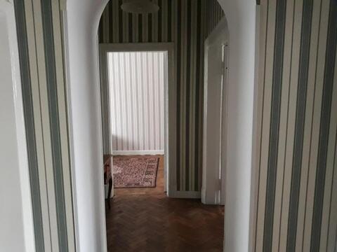 А54244: 1 комната в 3 квартире, Москва, м. Смоленская, Новинский . - Фото 2