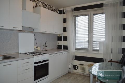 30 000 Руб., Сдается трехкомнатная квартира, Аренда квартир в Домодедово, ID объекта - 333494459 - Фото 1