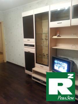 Продам двухкомнатную квартиру 44 м.кв. в Балабаново улица Москвоская - Фото 1