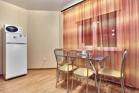 Двухкомнатная квартира посуточно на Баскет Холле, Соколова 86 - Фото 5