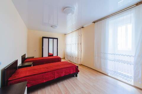 Сдам: 2 комн. апартаменты посуточно, 70 м2, Чита - Фото 1