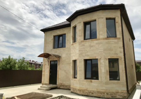 Готовый дом 140 м2.4 сот.Из дагестанского камня - Фото 2