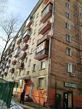 Двухкомнатная квартира в тихом зеленом районе Москвы - Фото 1