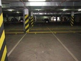 Продаю машиноместо в подземном паркинге в центре города Пушкино, ул. Т - Фото 1